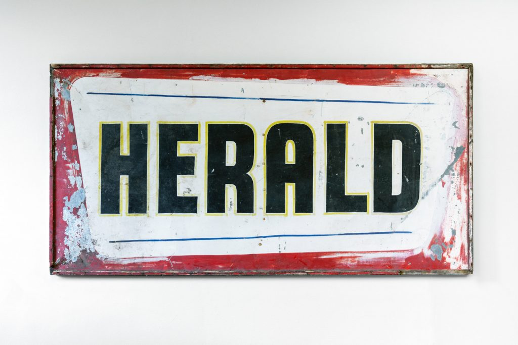 Sign, Herald