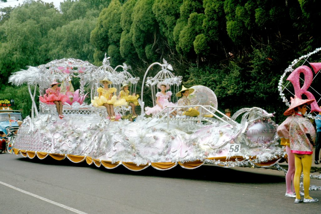 Retail Traders Association of Victoria float , 1964