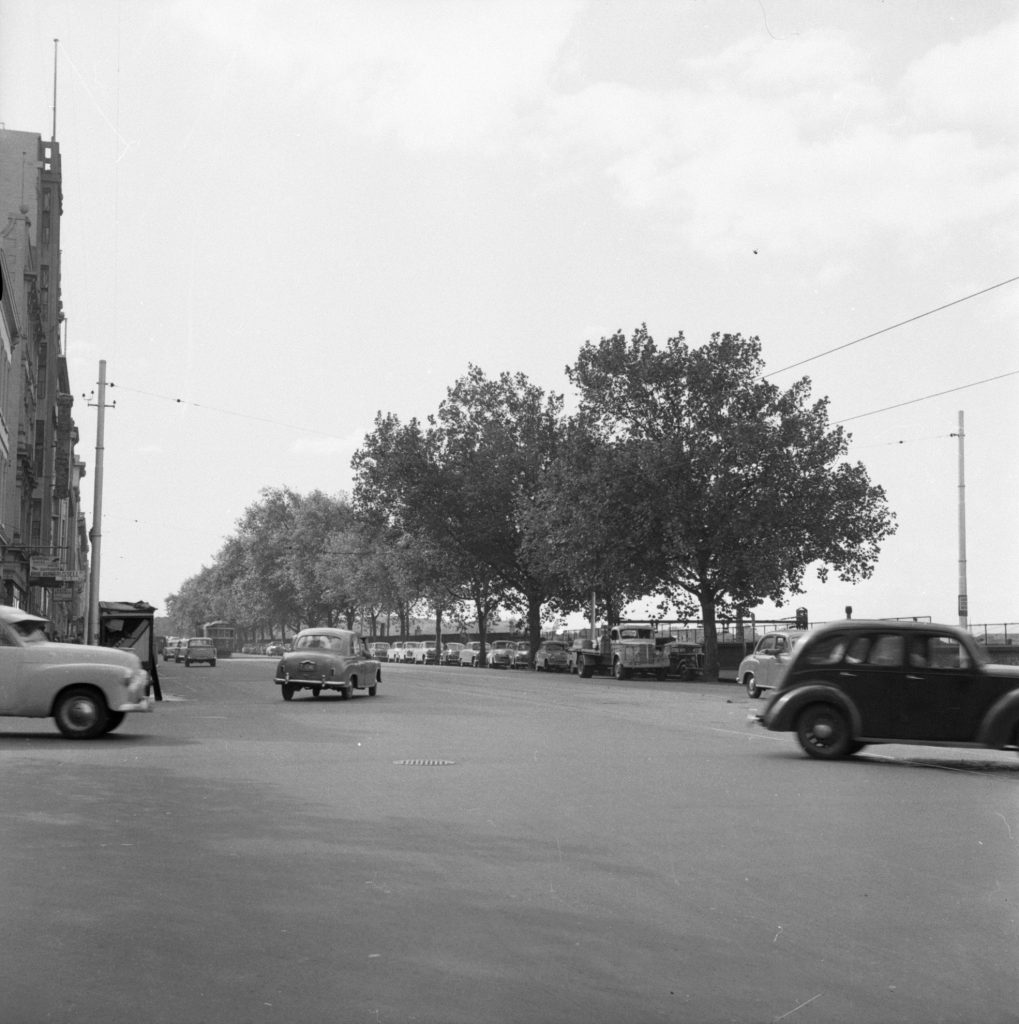 Unmarked Book Negative A79 – Russell Street and Flinders Street intersection