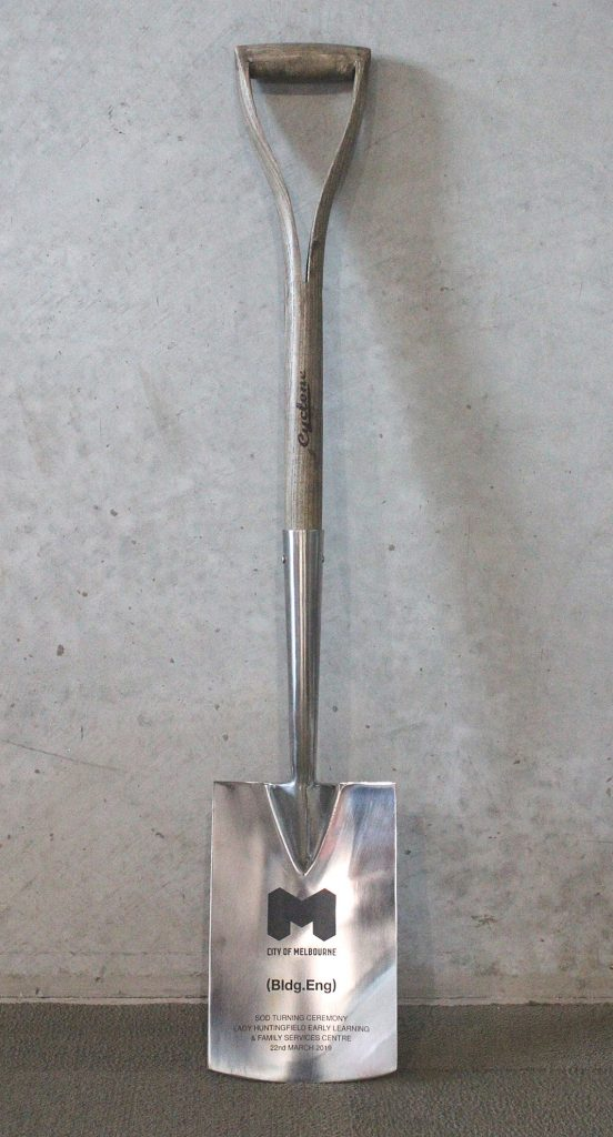 Handcrafted shovel