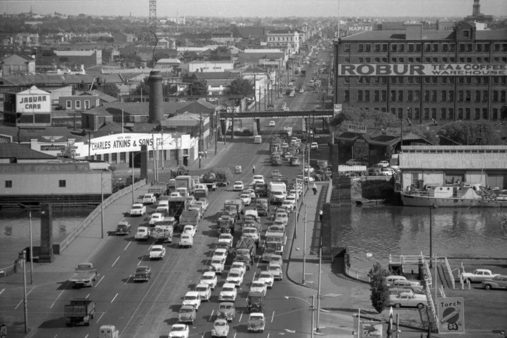 35A-91b Image showing heavy traffic on Spencer Street bridge, South Melbourne